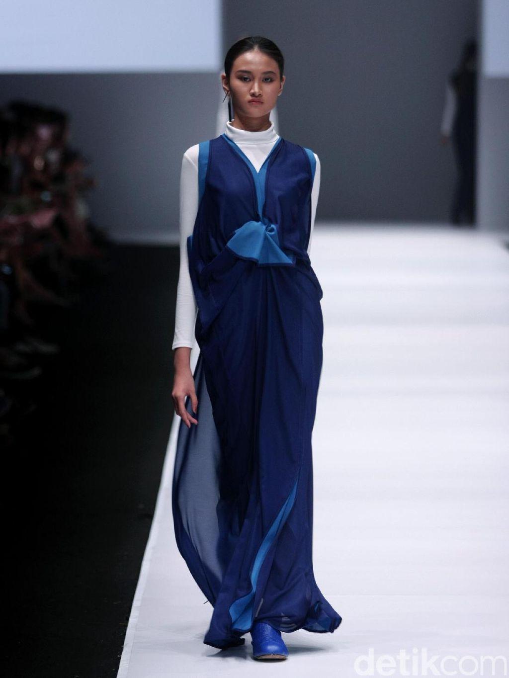Foto: Koleksi Jeffry Tan di Jakarta Fashion Week 2017