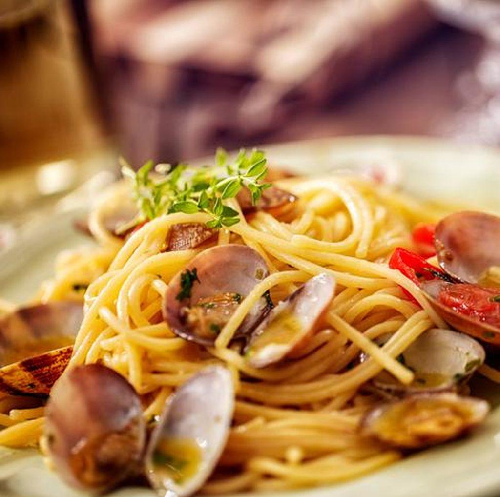 Olah Sisa Roti dan Spaghetti Jadi Aneka Hidangan Lezat Ini (2)
