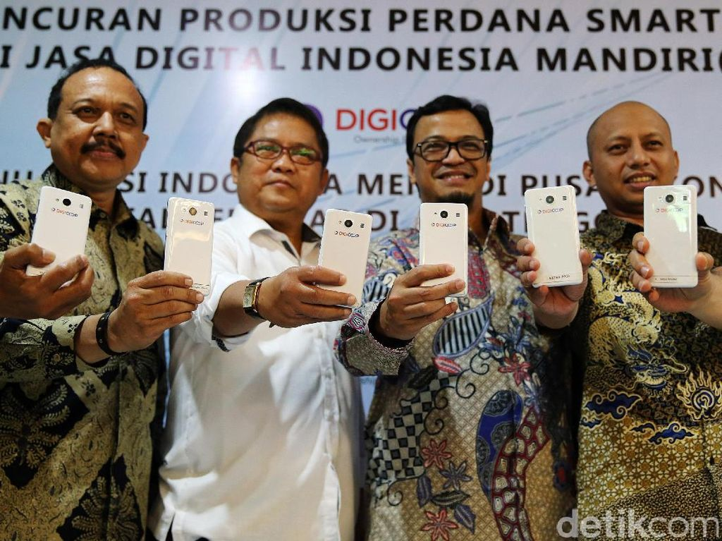 Menkominfo Hadiri Peluncuran Smartphone Digicoop
