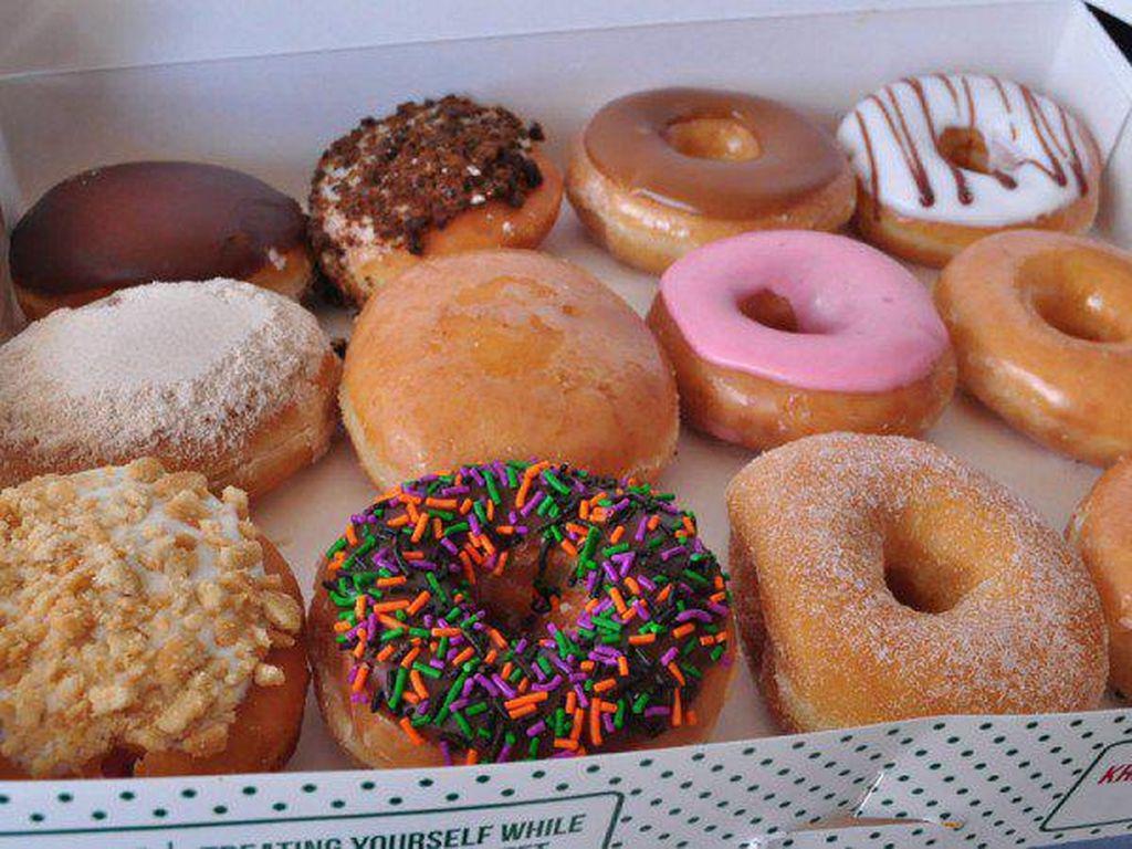 Di Kota Ini Donat Krispy Kreme Dijual Secara Sembunyi-sembunyi