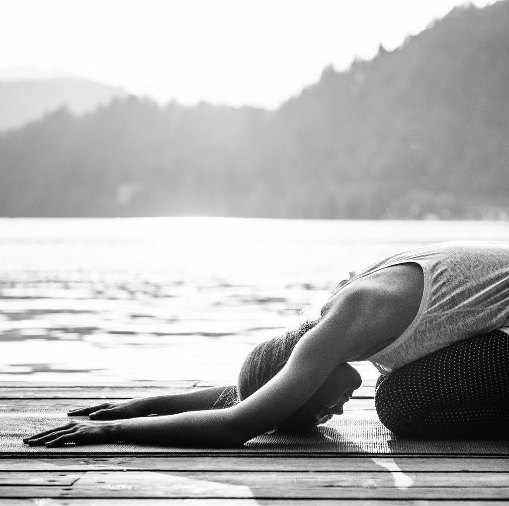 Lakukan Pose Yoga Saat Hamil, Wanita Ini Alami Gangguan Penglihatan