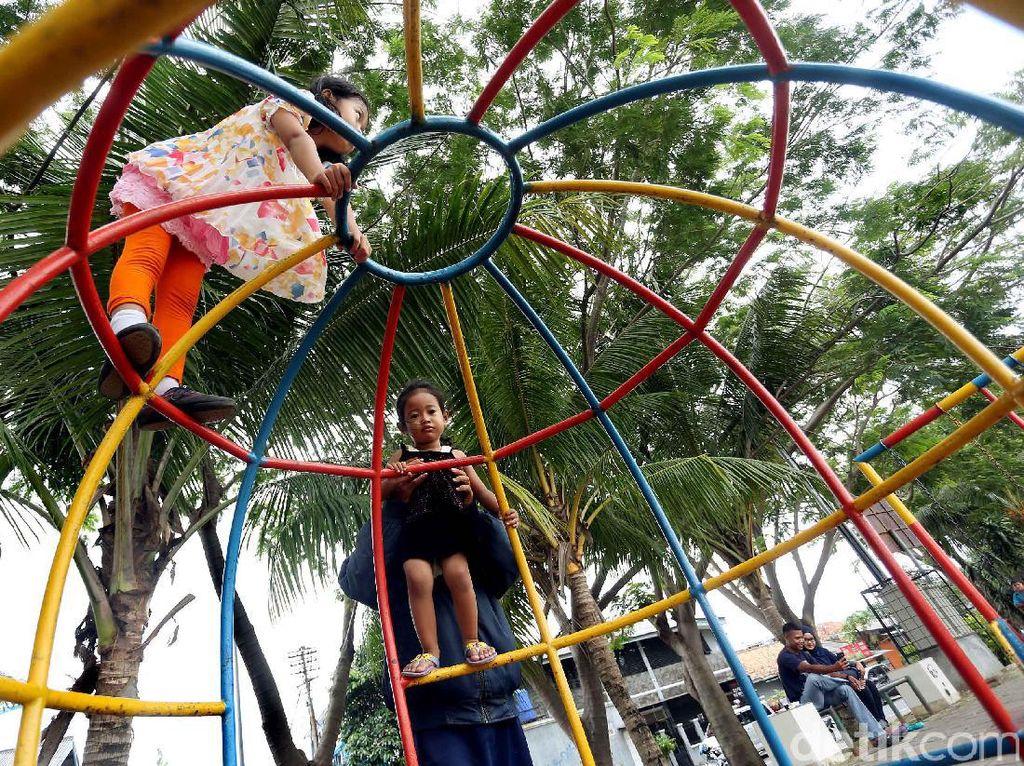 Taman Kota Hiasi Sepanjang Sungai Cisadane Tangerang