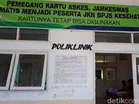 Kebijakan pemerintah daerah, bagi masyarakat Kabupaten Malaka yang tidak memiliki JKN (Jaminan Kesehatan Nasional), bisa menggunakan e-KTP beralamatkan Malaka untuk mendapatkan pelayanan kesehatan di rumah sakit tersebut. (Foto: Suherni Sulaeman)
