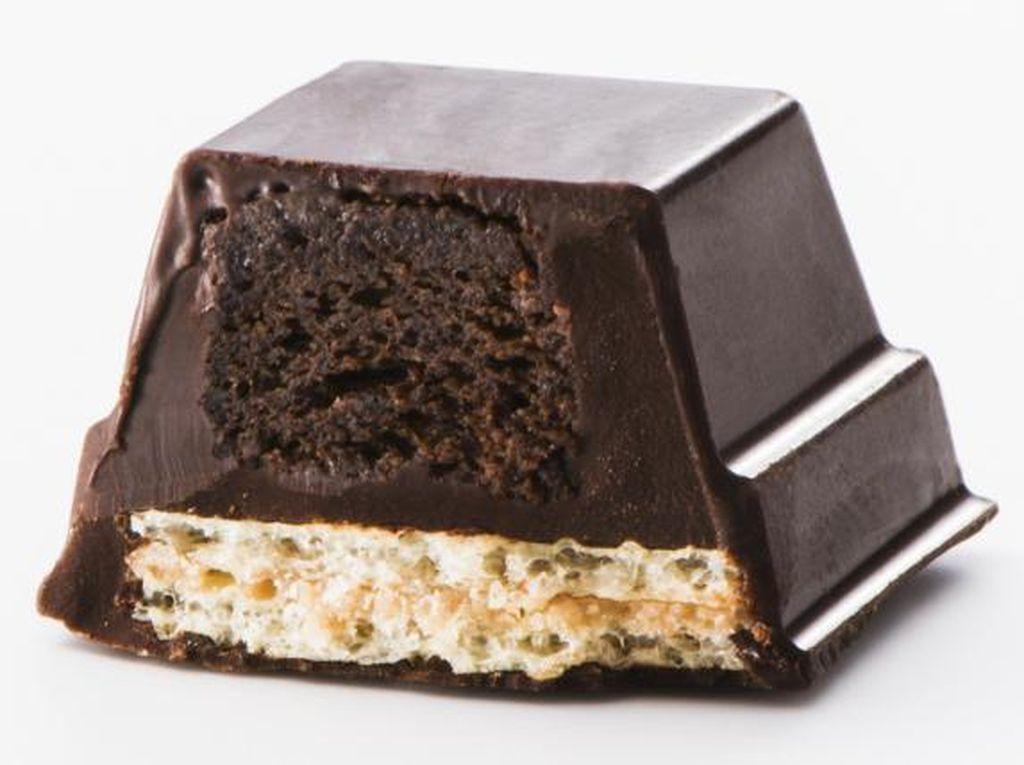 Yummy! Ada Cake Cokelat Lumer di Dalam Kit Kat Rasa Baru Ini