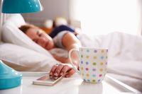 Tidak segera membuka jendela saat bangun tidur, juga mengurangi peluang untuk menurunkan berat badan. Paparan sinar matahari pagi penting untuk menjaga jam biologis, yang berdampak pula pada sistem metabolisme. Foto: Thinkstock