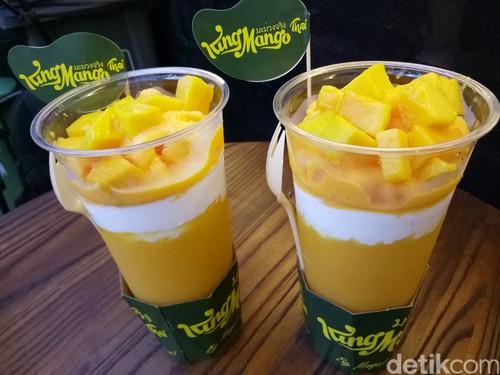 Antre Dessert King Mango Thai Berjam-jam, Rasanya Seenak Itu?