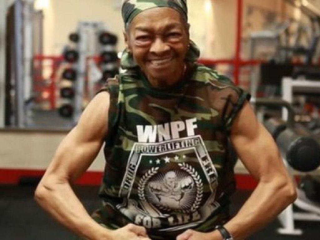 Deretan Nenek-nenek Super! Juara Binaraga Hingga Mampu Angkat Beban 111 Kg
